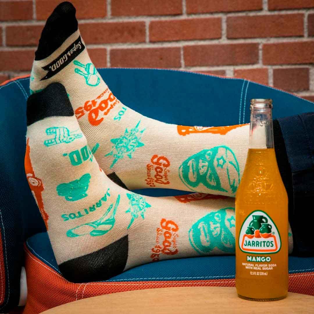 calcetines con el logo de jarritos