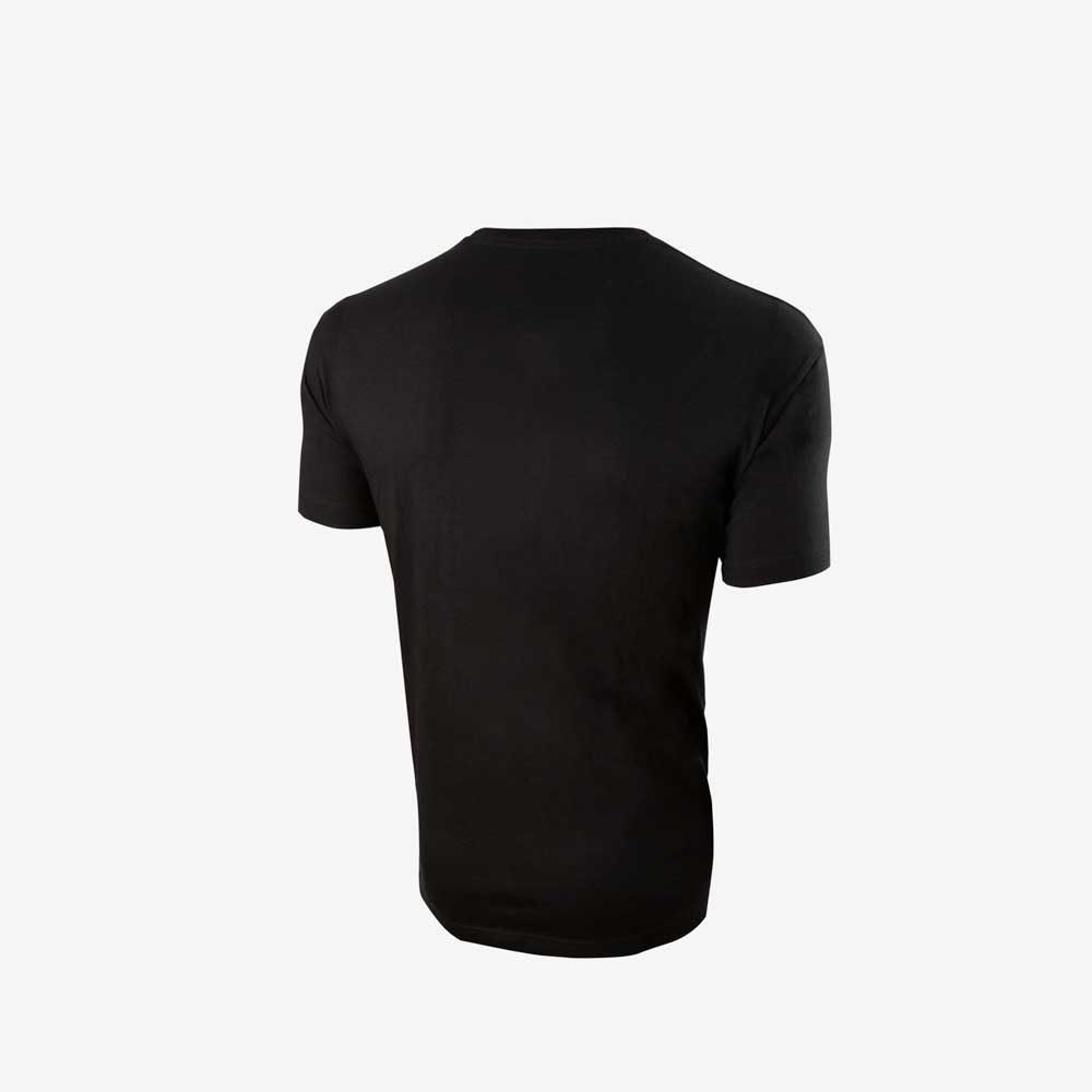 camiseta negra delante